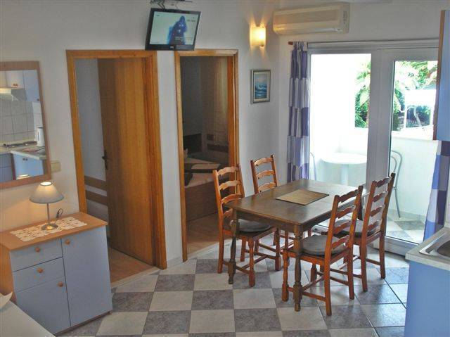 Villa Bonaca, Baska Voda, Croatia, Croatia hotels and hostels