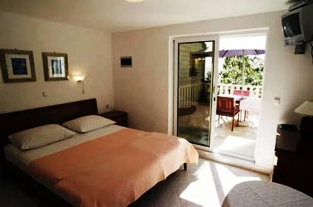 Villa Kristonia, Hvar, Croatia, best hotels and hostels in the city in Hvar