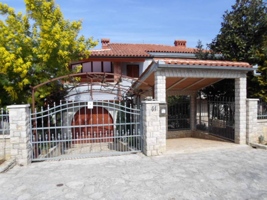 Villa Mavero, Banjole, Croatia, Croatia hotels and hostels