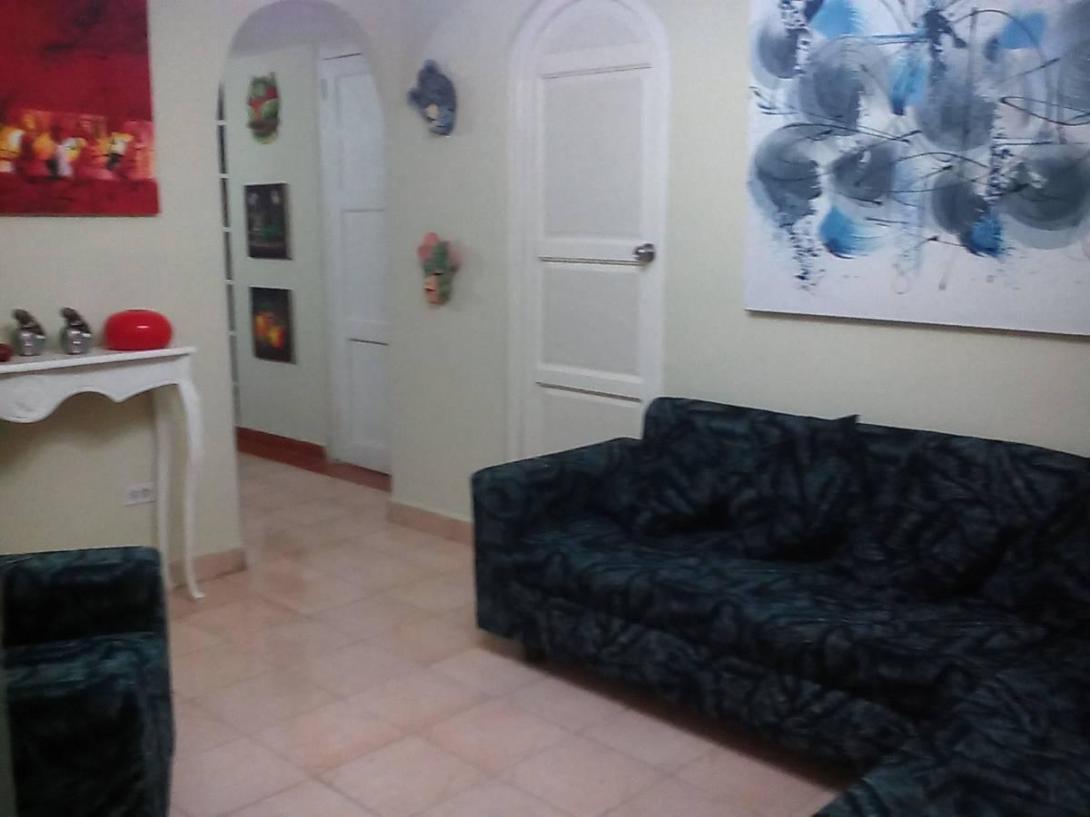 Apartamento Mayrenis y Mainoldy, La Habana Vieja, Cuba, Cuba hotels and hostels
