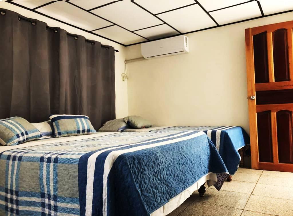 Casa Leti y Pedro Luis, Playa Larga, Cuba, Cuba hotels and hostels