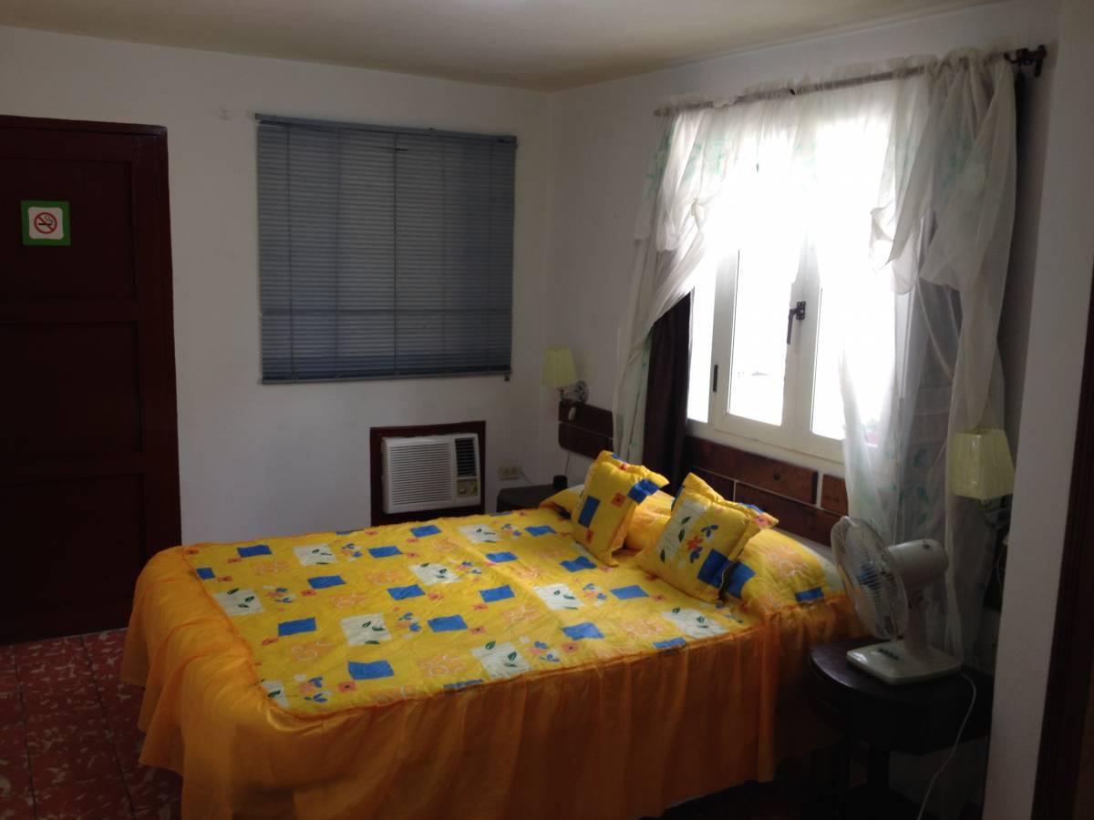 Casa Particular Hostal Bayamo, Bayamo, Cuba, hotel bookings in Bayamo