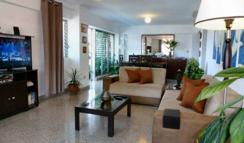 Alex B and B - Search for free rooms and guaranteed low rates in Vedado, CU 13 photos