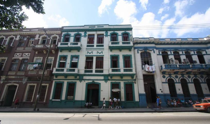 Amigos de la Habana - Search for free rooms and guaranteed low rates in Centro Habana, cheap hotels 12 photos