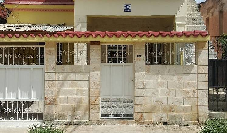 Casa Ama - Search for free rooms and guaranteed low rates in Alturas de Miramar 8 photos