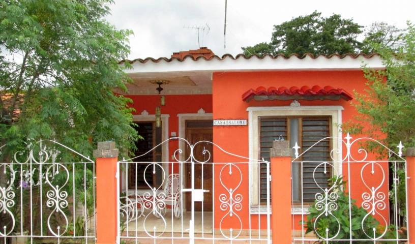 Casa Salome, explore things to see, reserve a hotel now in Viñales 32 photos