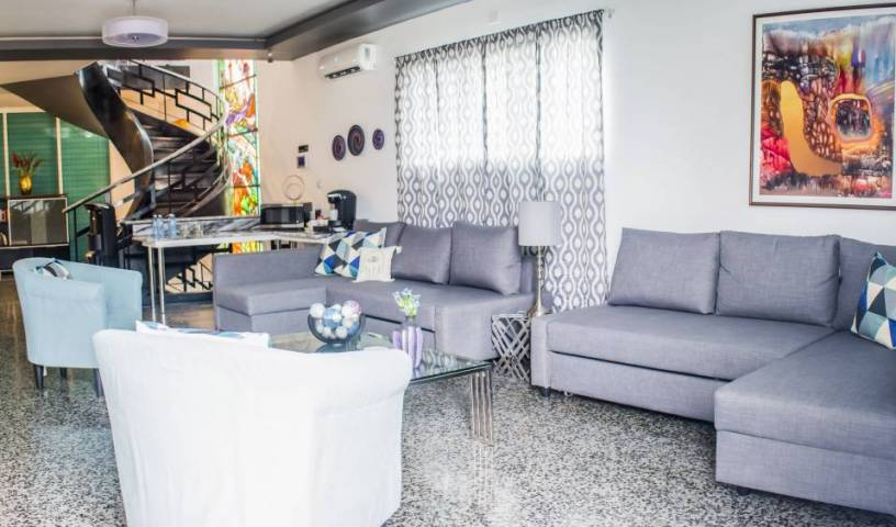 Chateau Blanc - Search for free rooms and guaranteed low rates in Nuevo Vedado 6 photos