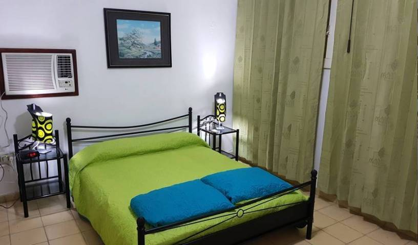 Hospedaje La Chiqui - Search for free rooms and guaranteed low rates in Vedado, Vedado, Cuba hotels and hostels 14 photos