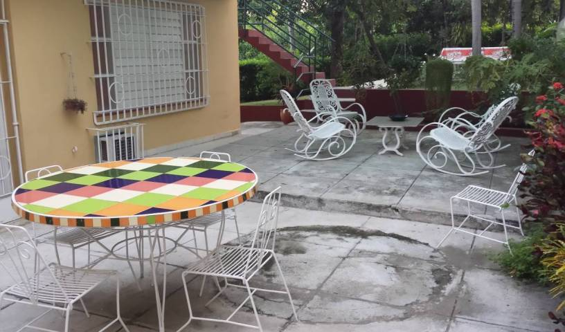 Hostal Geronimo y Diuska - Search for free rooms and guaranteed low rates in Nuevo Vedado, youth hostels and cheap hotels, stay close to what you want to see and do in Miramar, Cuba 26 photos