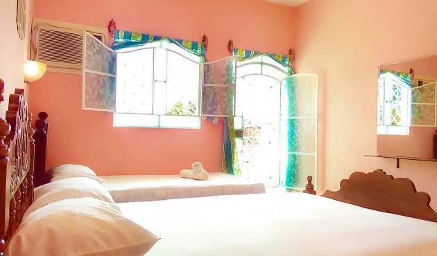 Hostal Giselle and Daniel - Search available rooms for hotel and hostel reservations in Santa Clara, hotels in locations with the best weather in El Carmen, Cuba 7 photos