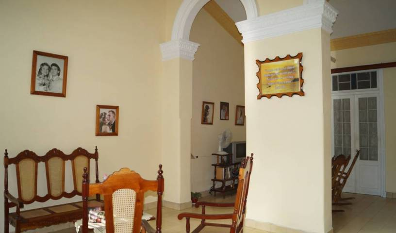 Hostal Las Gemelas - Search available rooms for hotel and hostel reservations in Cienfuegos 12 photos