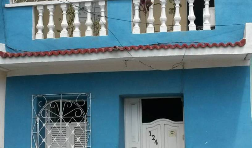 Hostal Los Manolos - Search available rooms for hotel and hostel reservations in Trinidad, hotel bookings 4 photos