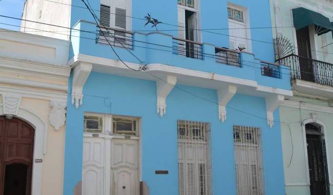 Hostal Lunasur - Search available rooms for hotel and hostel reservations in Cienfuegos 7 photos