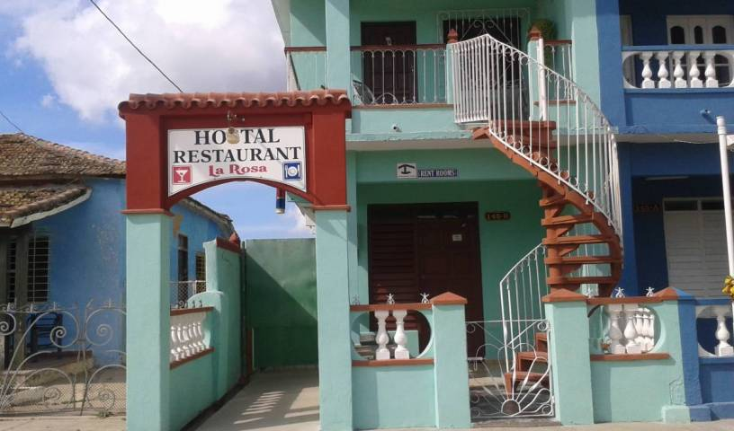 Hostal-Restaurante La Rosa, small hotels and hotels of all sizes 12 photos