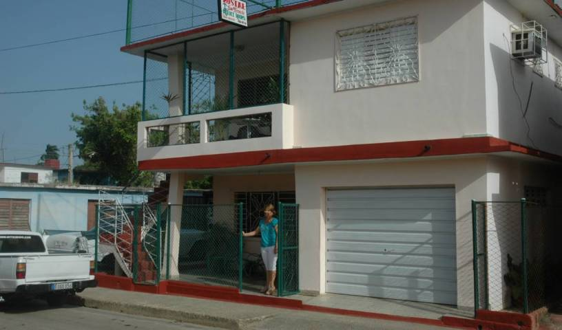 Hostal San Fernando - Search for free rooms and guaranteed low rates in Moron 14 photos