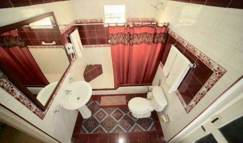 Villa Cristal Holguin - Search available rooms for hotel and hostel reservations in Holguin 21 photos
