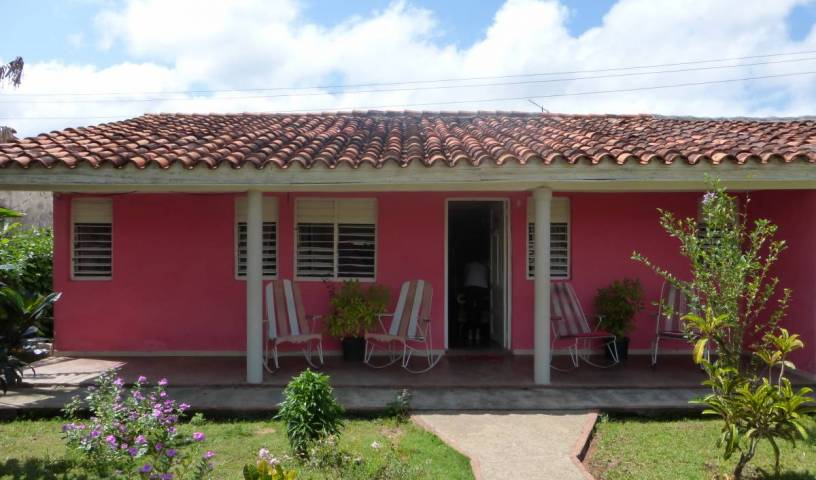 Villa Damy y Roman - Search for free rooms and guaranteed low rates in Vinales, excellent destinations 13 photos