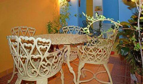 Yanara Fambyh Hostal - Search available rooms for hotel and hostel reservations in Trinidad 7 photos