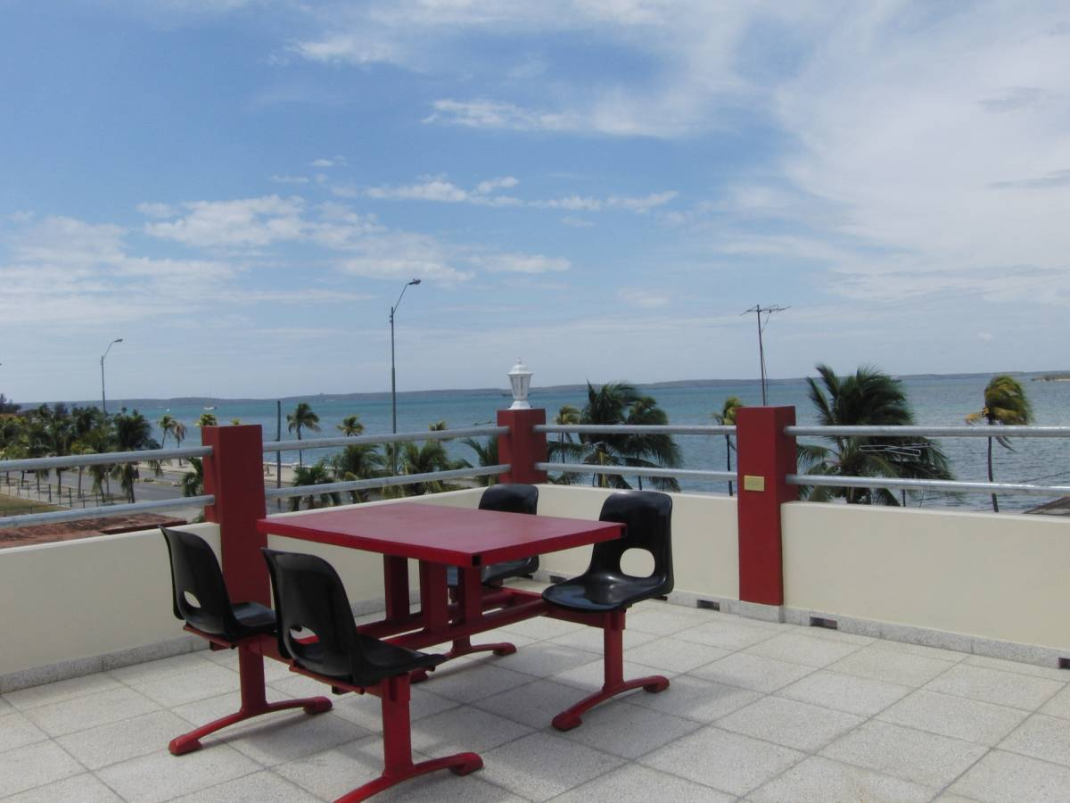 Hostal Aquazul, Cienfuegos, Cuba, plan your trip with Instant World Booking, read reviews and reserve a hotel in Cienfuegos