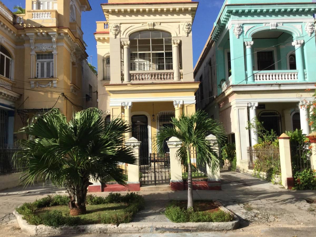 Hostal Colonial Casa de Luca, Vedado, Cuba, Cuba hostels and hotels