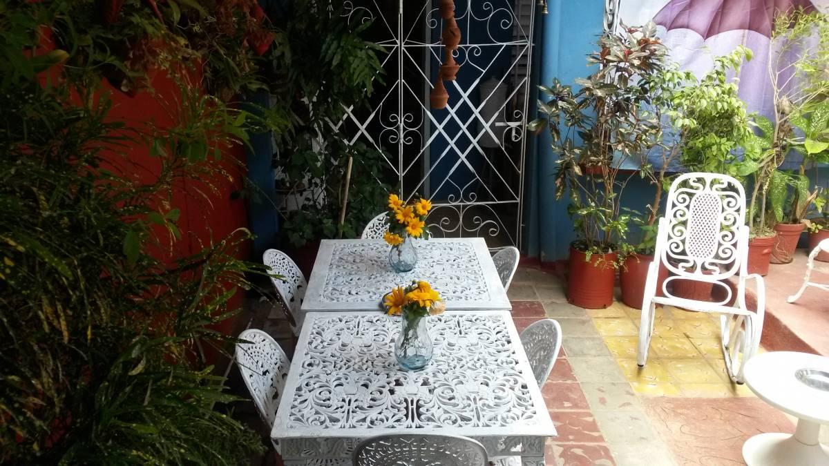 Hostal Los Manolos, Trinidad, Cuba, smart travel decisions and choices in Trinidad