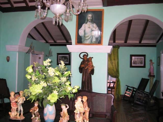 Hostal Media Luna, Trinidad, Cuba, travel and hotel recommendations in Trinidad