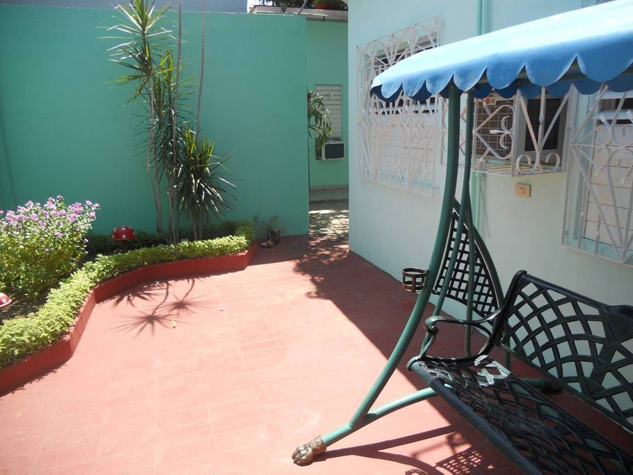 I Colibri, Cienfuegos, Cuba, we offer the best guarantee for low prices in Cienfuegos