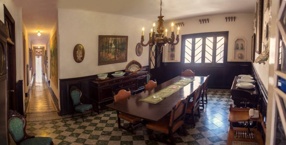 Le Bouchon Casa Particular, Miramar, Cuba, hostels and backpacking in Miramar