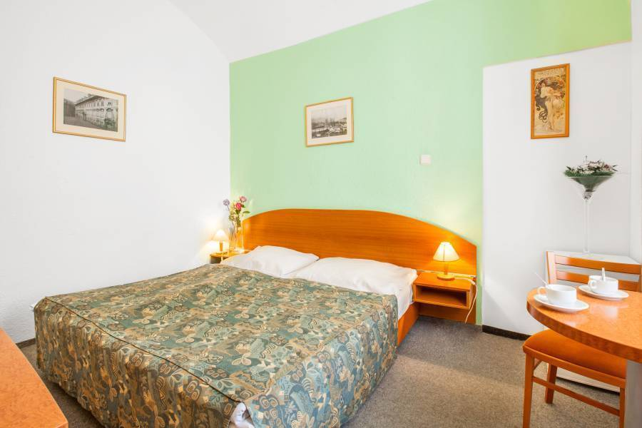 Apartment House Zizkov, Prague, Czech Republic, compare prices for hotels, then book with confidence in Prague