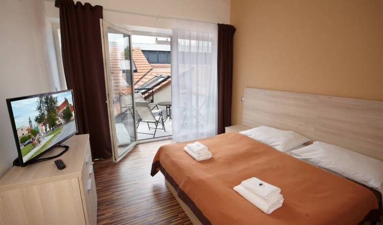 Residence U Cerne Veze - Search available rooms for hotel and hostel reservations in Ceske Budejovice, great holiday travel deals in Český Krumlov 15 photos