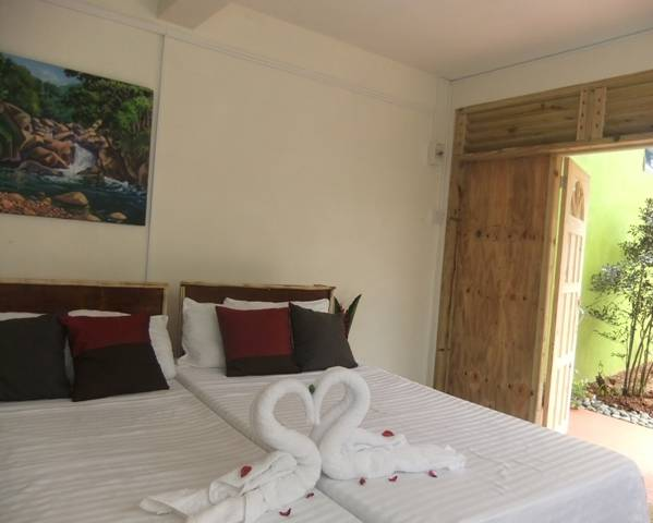 Serenity Lodges Dominica, Marigot, Dominica, Dominica hostels and hotels