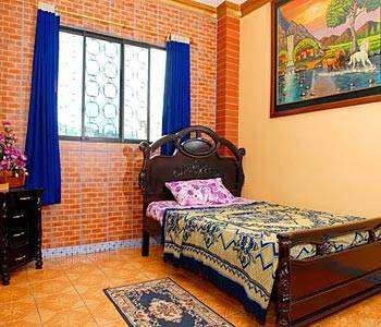 Hostal Suites Madrid, Guayaquil, Ecuador, open air bnb and hostels in Guayaquil