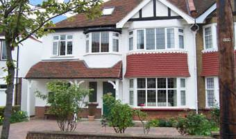 Bay Tree House Bed and Breakfast - Search available rooms for hotel and hostel reservations in City of London 9 photos