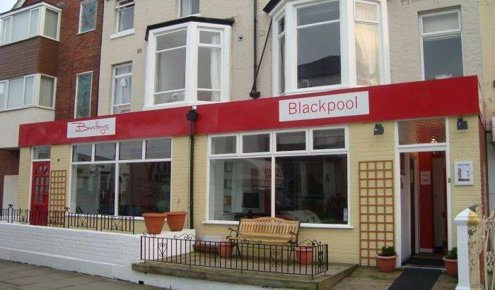 Colours Hotel - Get low hotel rates and check availability in Blackpool 2 photos