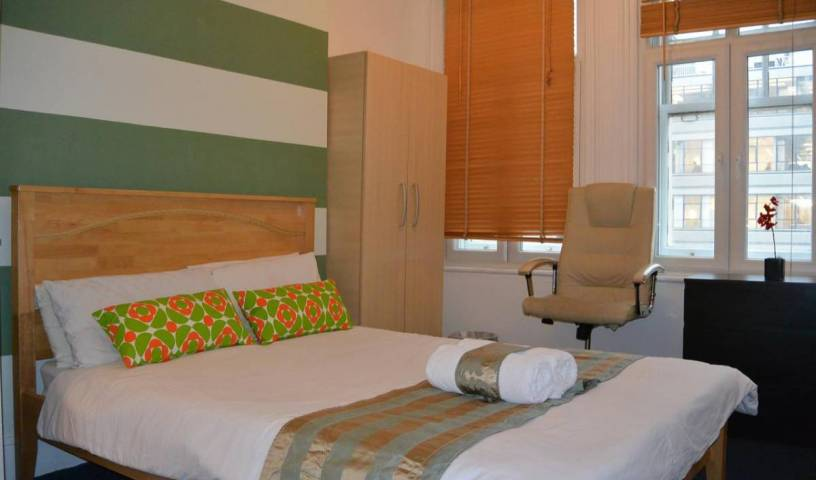 Brick Lane Apartment - Search available rooms for hotel and hostel reservations in London 14 photos