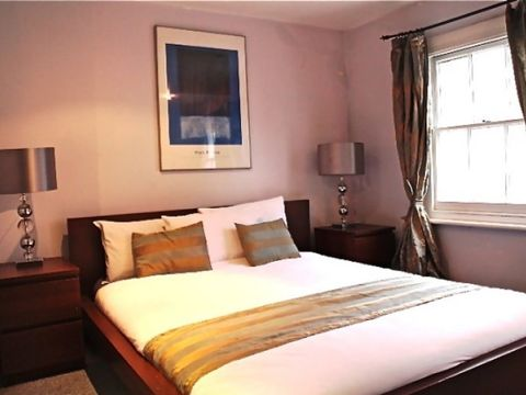 Kings Cross Road, London, England, England hotels and hostels