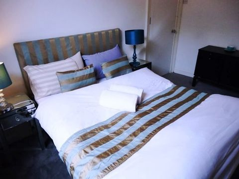 Kings Cross Road, London, England, budget hotels in London