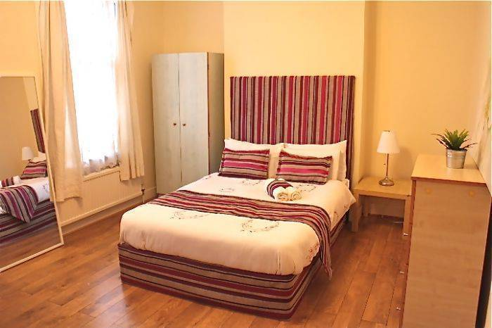 Stay in Kings Cross, North London, England, England hotels and hostels