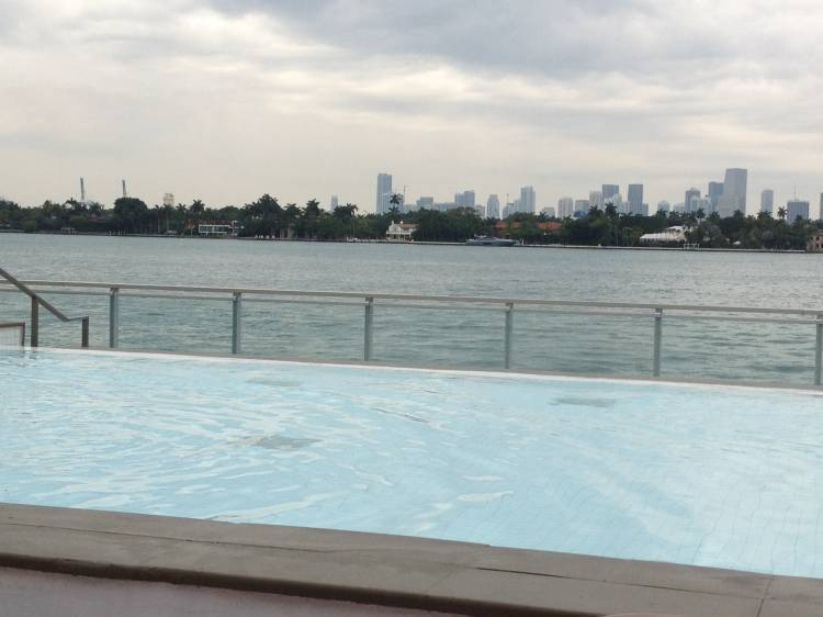 Private Apartment with Pool and WiFi, Miami Beach, Florida, Florida hotels and hostels