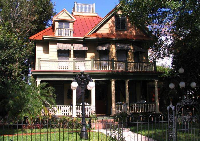Larelle House Bed and Breakfast, Saint Petersburg, Florida, Florida hotels and hostels