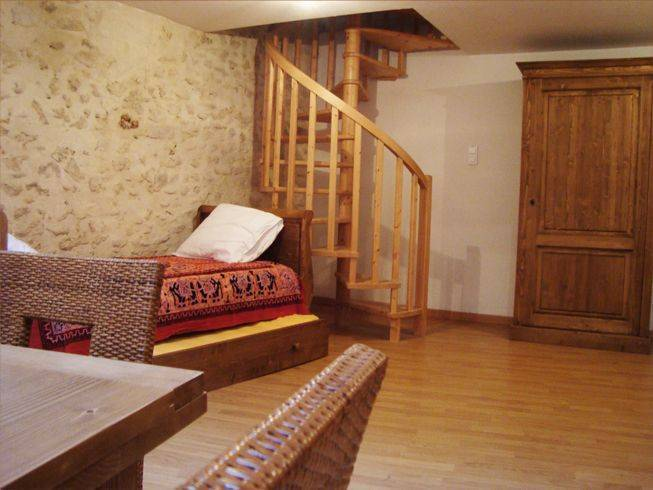 Appart Hotel, Malaucene, France, France hotels and hostels