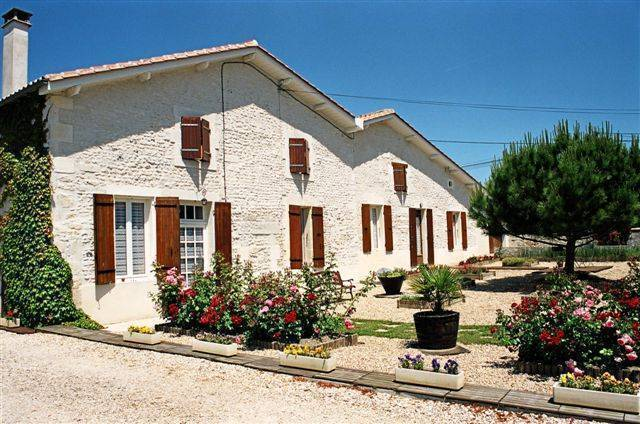 Au Puits Des Brousses, Cherac, France, France hotels and hostels