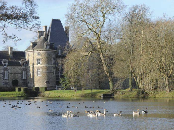 Chateau de Canisy, Canisy, France, France hostels and hotels