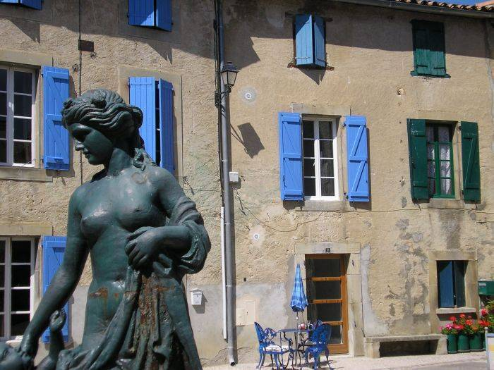 Chez Maison Bleue, Carcassonne, France, France hotels and hostels