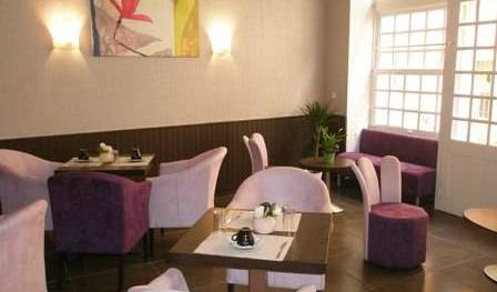Hotel Portalet - Search available rooms and beds for hostel and hotel reservations in Hyeres 6 photos