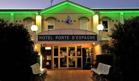 Hotel Porte d'Espagne, more hostels in more locations 9 photos