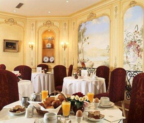 Hotel Belfast, Paris, France, hotels near the museum and other points of interest in Paris