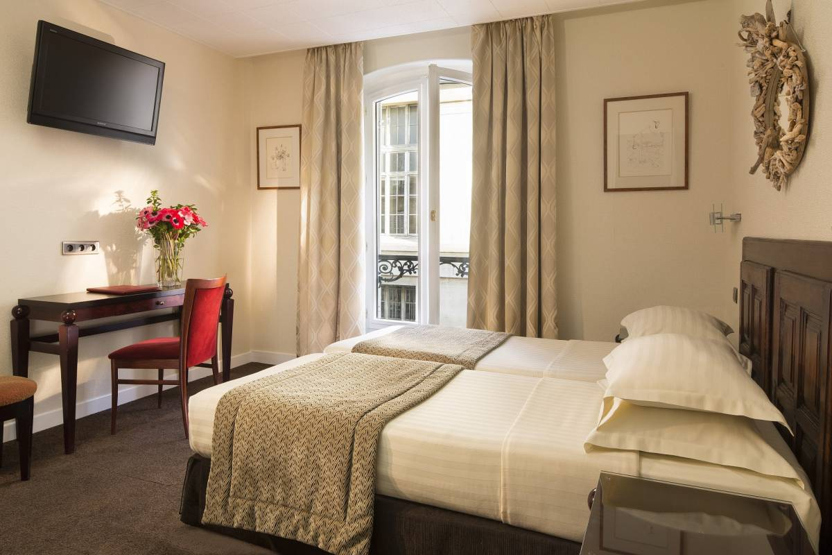 Hotel Delavigne, Paris 06 Luxembourg, France, find me the best hotels and places to stay in Paris 06 Luxembourg