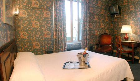 Hotel Delavigne, Paris, France, hotels worldwide - online hotel bookings, ratings and reviews in Paris