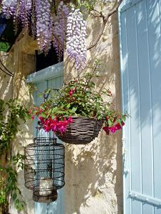 Le Mas De La Treille, Avignon, France, safest hotels in secure locations in Avignon